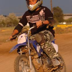 les juniors ont leur motocross au karting hérault number one